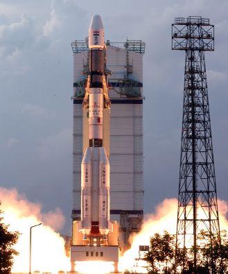 20081022231933-india-marte-cohete-isro.jpg