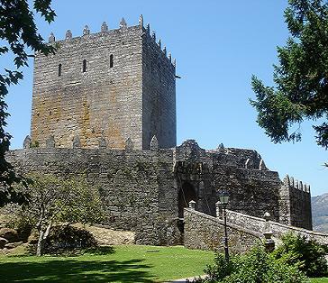 20101025181954-castillo-de-soutomaior1.jpg