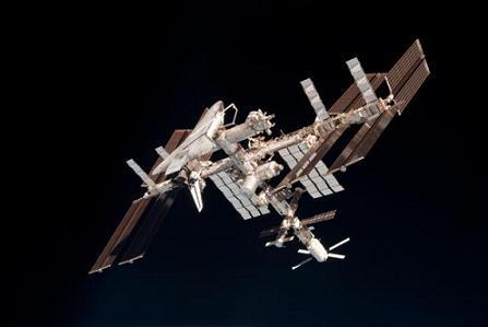 20110612113320-estacion-espacial-internacional-2.jpg