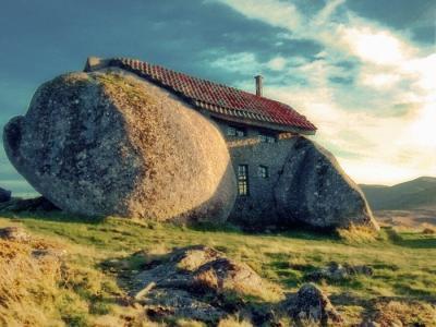 20120823093934-casa-de-pedra.jpg