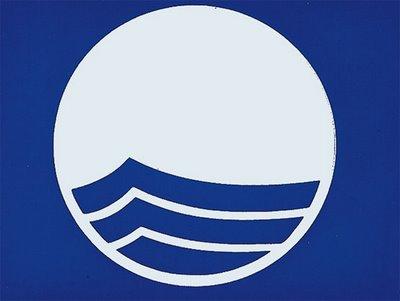 20100602135347-bandera-azul.jpg
