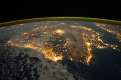 20111227085321-iss030-e-010008-lrg.jpg