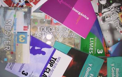 20120603132010-libros-de-texto.jpg