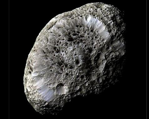 20150608184442-hiperion-la-luna-esponjosa-de-saturn-b2fd846f60bfd3604beb0ee7159f964b0dc4dfc8-9090.jpg
